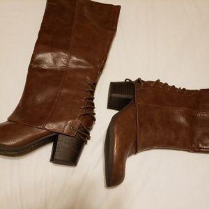 NWOT biker boots by Fergie  8